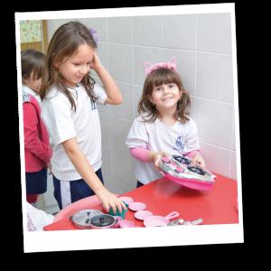 Alunos Educação Infantil Colégio Madre Paula